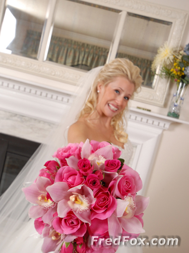 Bride and her bouquet - St. Mary's and Lake Forest Club
