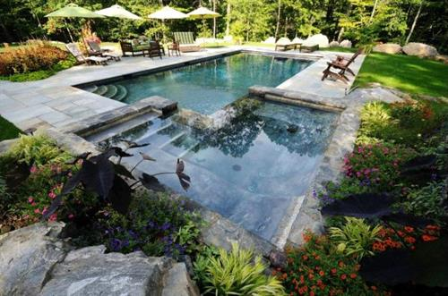 Gallery Image Gunite%20Pool%20Spa%202008%20203kb.jpg