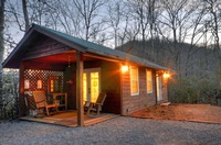 Farmhouse Cabin Rentals