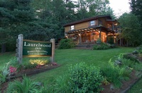 Laurelwood Inn