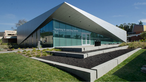 PALOMAR COLLEGE TEACHING AND LEARNING CENTER