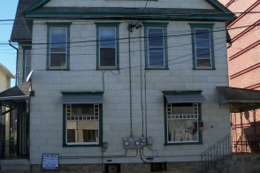 For Rent: 179 A Kennedy Street