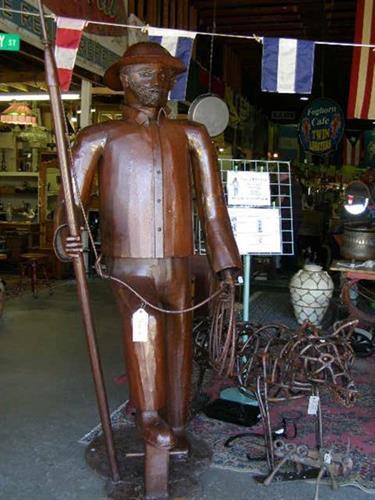 Gallery Image Massachusetts_Flea-Market_Oldies-Marketplace_3-779.jpg