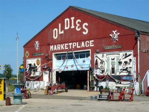 Gallery Image oldies-marketplace-newburyport-exterior-2.jpg
