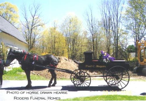 Gallery Image CaissonHearse.jpg