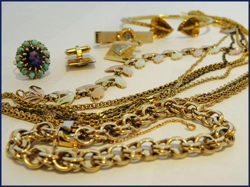 Gallery Image SellUsGold.jpg
