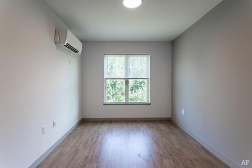 Gallery Image seventy-university-drive-amherst-ma-2br-1ba-bedroom%20(1)_021220-104240.jpg