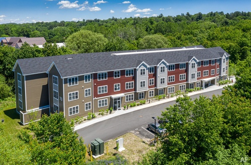 Gallery Image seventy-university-drive-amherst-ma-building-photo.jpg
