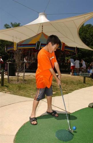 Lucky Duck Miniature Golf