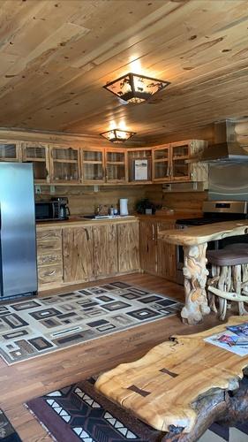 Gallery Image cabin%205.jpg