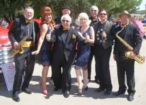 Gallery Image legends_show_band-300x216.jpg