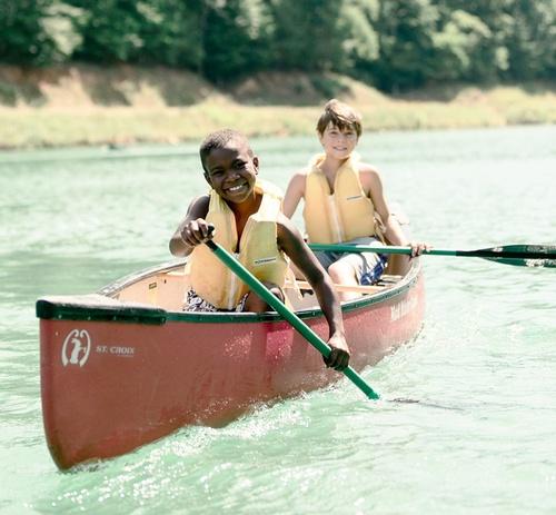 Gallery Image Canoeing.jpg