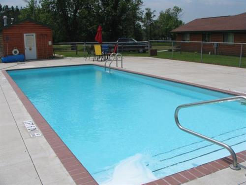 Heated pool open Memorial Day to Labor Day