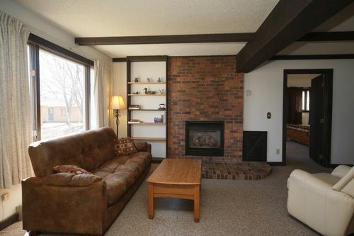 Living room & fireplace Villa 39