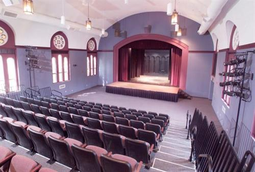 Lakeville Area Arts Center for theatre, arts and meetings