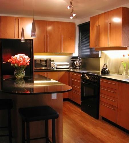 Gallery Image kitchen_15_060613-081355.jpg