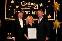 Century 21 Diamond Realty receiving the 2011 Per Person Productivity Award - Feb 28 2012