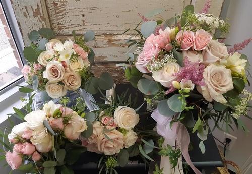 Gallery Image flowers4.jpg