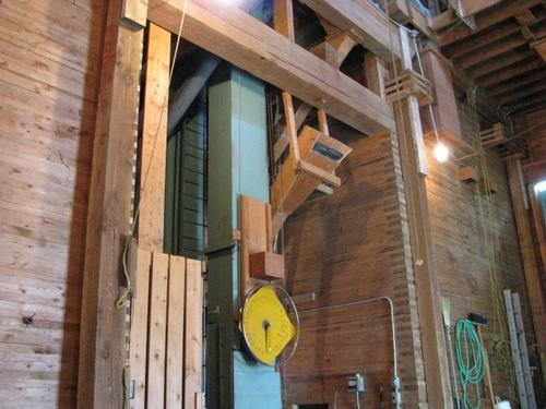 Gallery Image Elevator%203.jpg