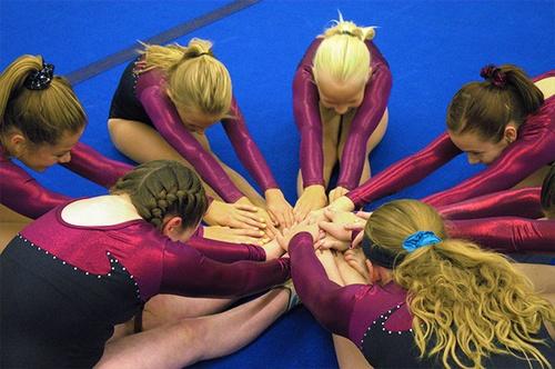 Gallery Image gymnastics-girls.jpg