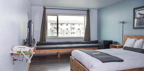 Gallery Image adrift%20hotel%205.jpg