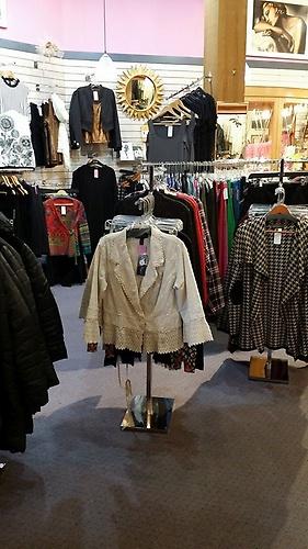 Gallery Image four%20seasons4.jpg