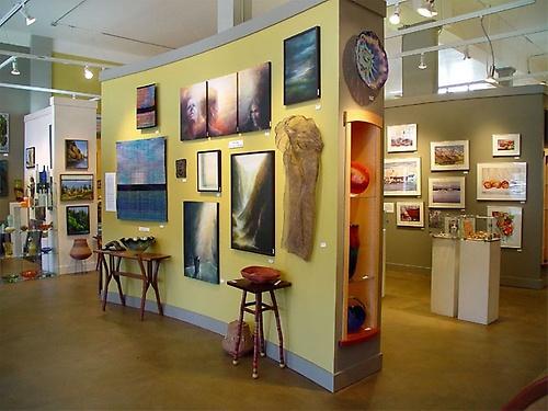 Gallery Image riversea%20galley%204.jpg