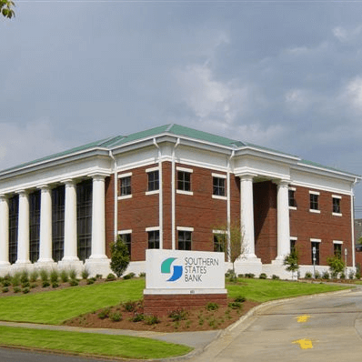 Gallery Image OfficePicture-SouthernStatesBank-Birmingham1-1-square.png