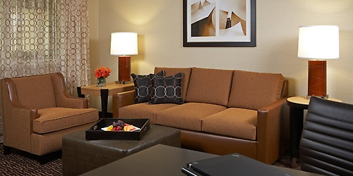 Embassy Suites Lax North Hotel Motel Bed Amp Breakfast
