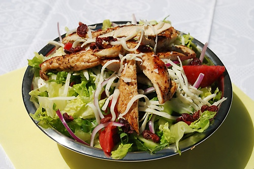 Gallery Image Bennys%20Salad%20with%20Meat%20%20Chicken.jpg