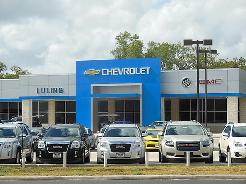 Gallery Image Luling%20Chevrolet%20Store%20Front%20for%20Banquet%202015_240215-015437.JPG