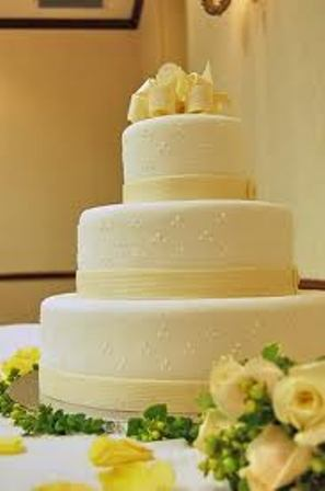 Gallery Image Yellow%20Cake.jpg