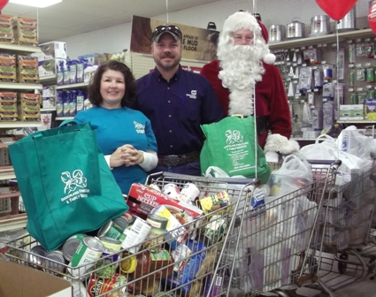 Southern States Goochland Holiday Food Donation