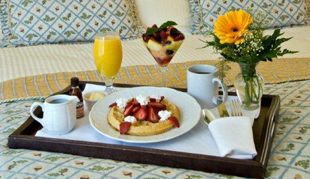 Enjoy our daily Breakfast Buffet Breakfast Buffet served at Silver Pine Restaurant & Bar.