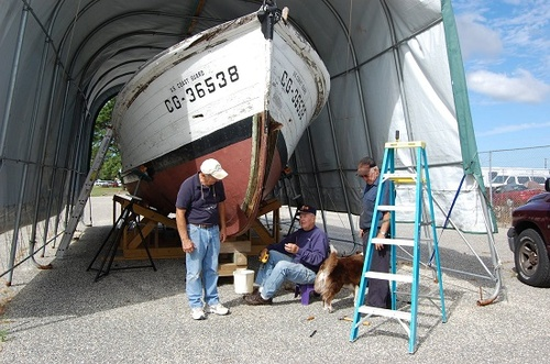 Some of our volunteer crew members working to restore the CG-36538