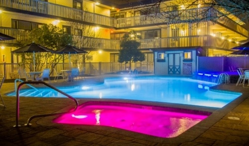Gallery Image Beachcomber%20Pool%20Night.jpg