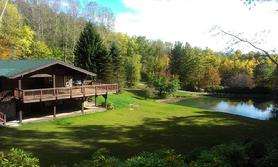 Gallery Image 278_Marty_Fall_Deck_Lake.JPG