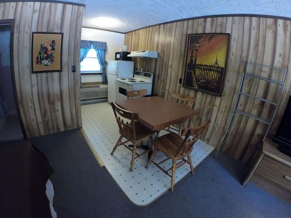 Gallery Image Room-002c.jpg