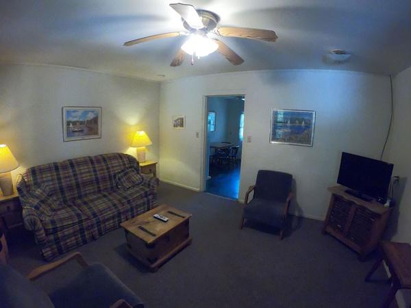 Gallery Image Room-004-suite-a.jpg