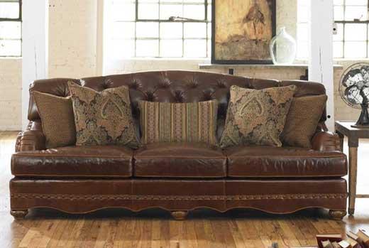 Gallery Image FA03-furniture-accessories-home-decor_250320-100146.jpg