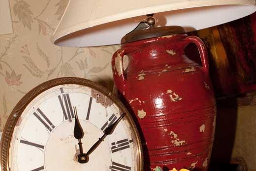 Gallery Image FA09-furniture-accessories-home-decor_250320-100602.jpg