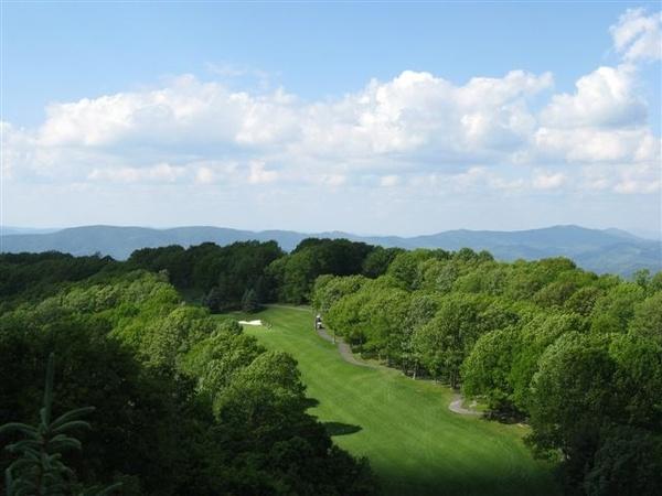 Gallery Image Beech-Mountain-Golf.JPG