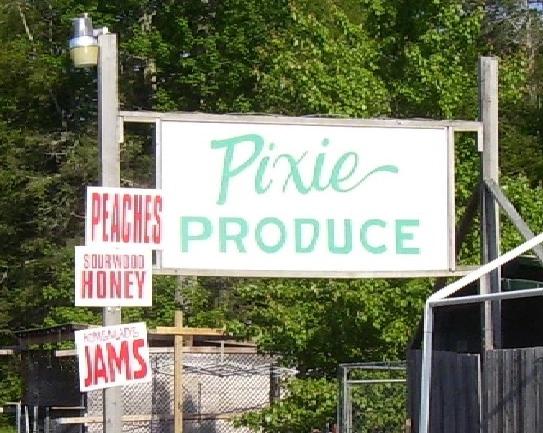 Gallery Image north-carolina-pixie-inn-produce.jpg.png