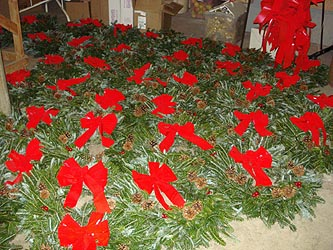 Gallery Image mailorder%20wreaths%20015a.jpg