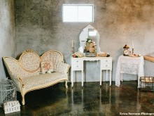 Gallery Image Couch-Lounge-Area-Barn-Stall-Ref.jpg