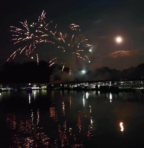 Gallery Image Fireworks%20Mtn%20View%20Marina%20(1).jpg