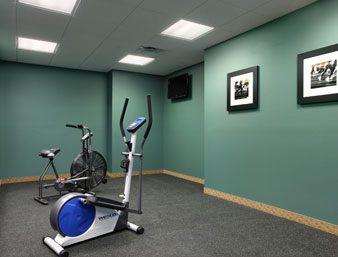 Gallery Image Days-Inn-Palm-Coast-exercise-room.jpg
