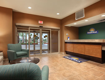 Gallery Image Days-Inn-Palm-Coast-lobby.jpg