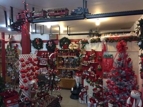 Gallery Image Youngs%20Christmas%20shop.jpg