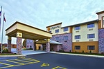 La Quinta Inn & Suites Fairborn - Wright Patterson
